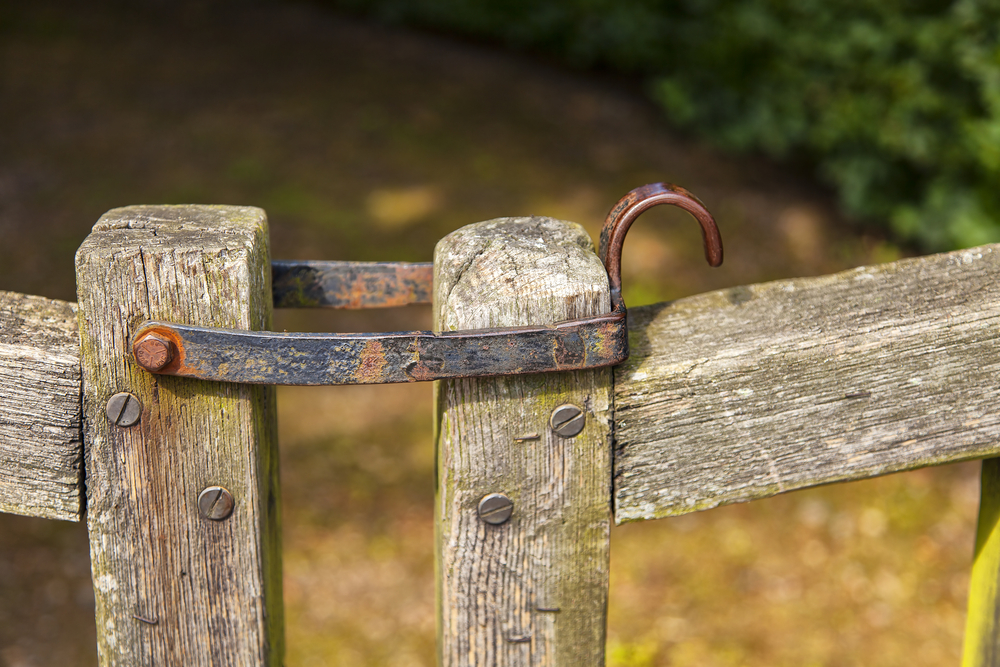 Carter Anhold & Co secure injunction for family over family home and adjoining Family Farm